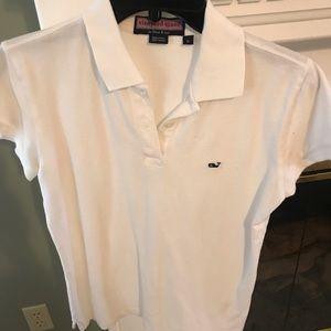 White vineyard vines golf shirt